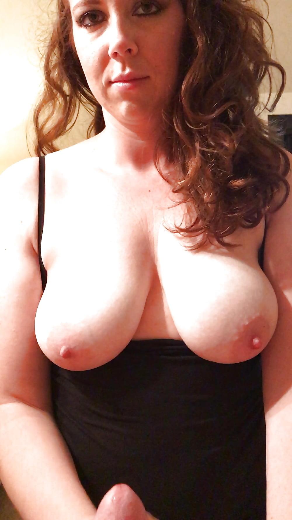 girls-amateur-exposed-nipple-amateur