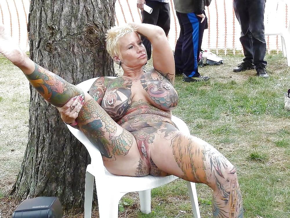 Gorgeous naked women with tattoos