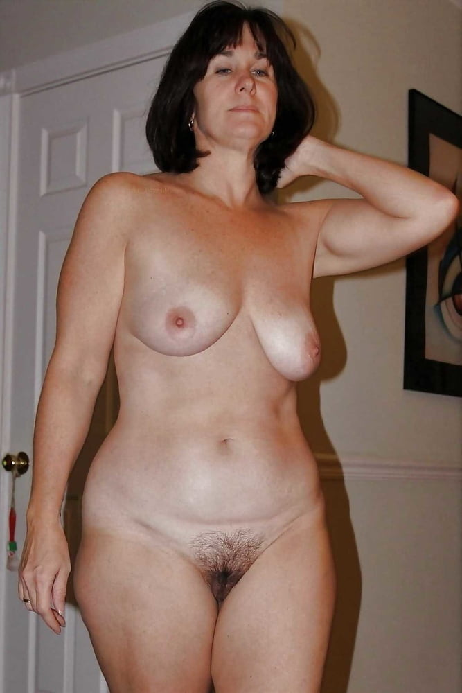 Wives and GFs 79 - 25 Pics