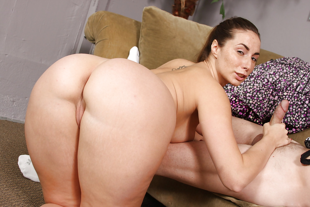 Buxom Milf Jessica Jaymes Taking Hardcore Cunt Plowing In White Lingerie