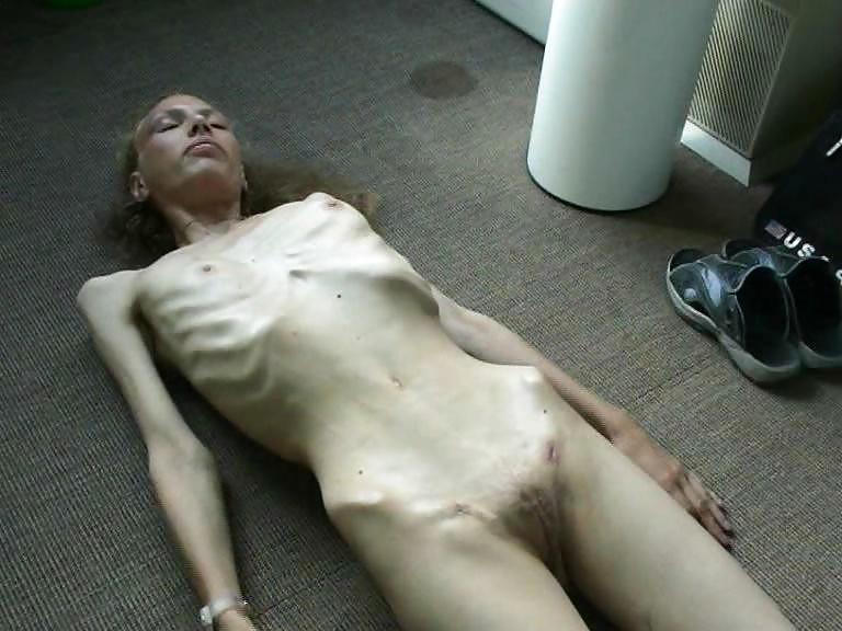 Cumshot Loving Anorexic Jacking Off