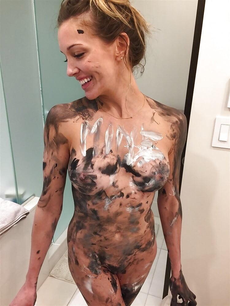 Katie cassidy naked photos