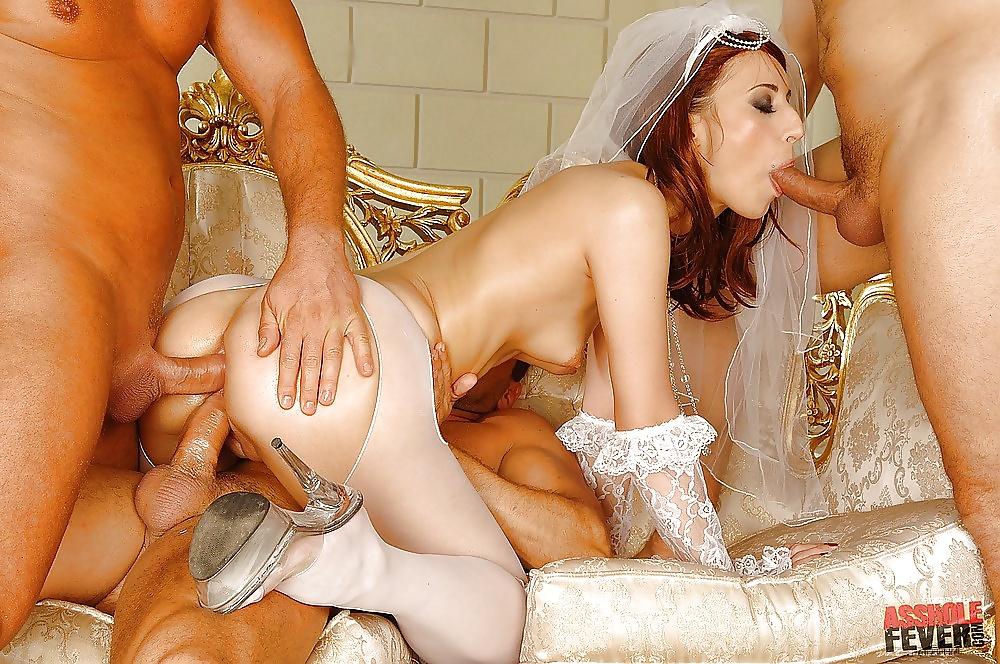 групповое порно зрелые невесты анал - 1