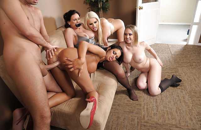 порно сексуальный квартет - 7