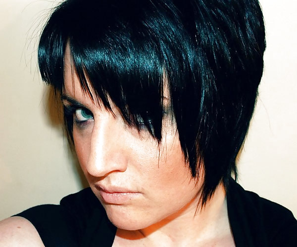 Hair styles for girls with short hair