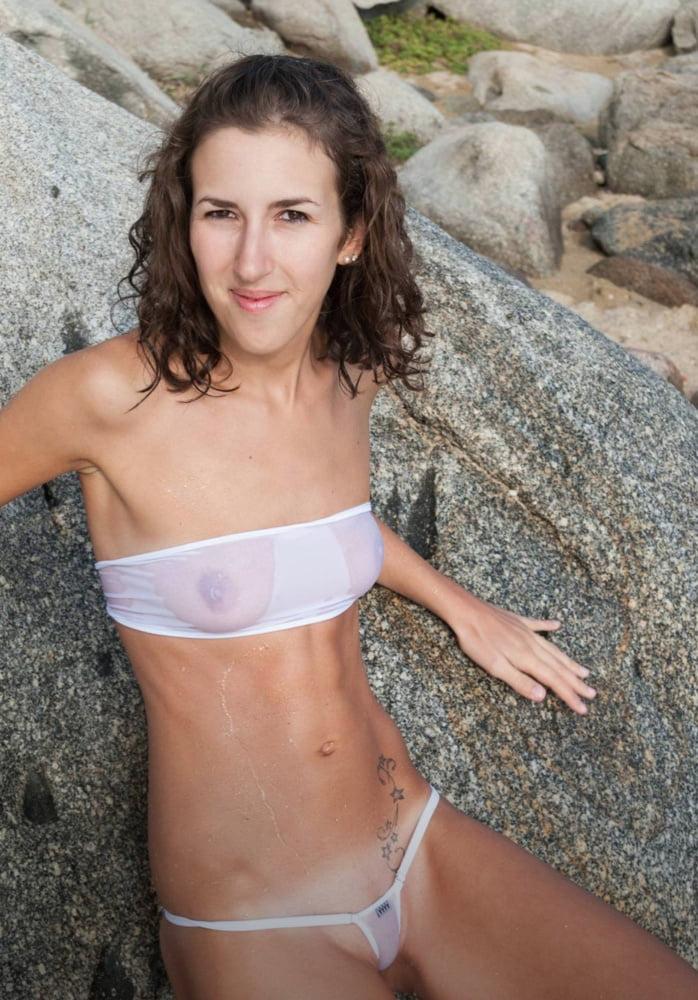 Sexy girls - 20 Pics