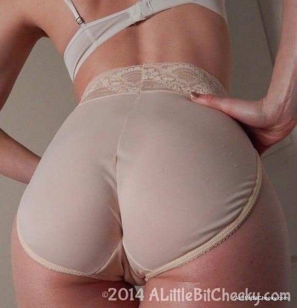 Cut bra, hot panties and more... HOT!