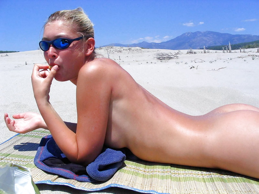Angelina jolie nude in shower hot naked pics