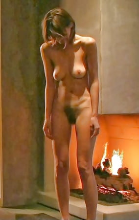 Celebrity Emily Mortimer Nude Pic Images