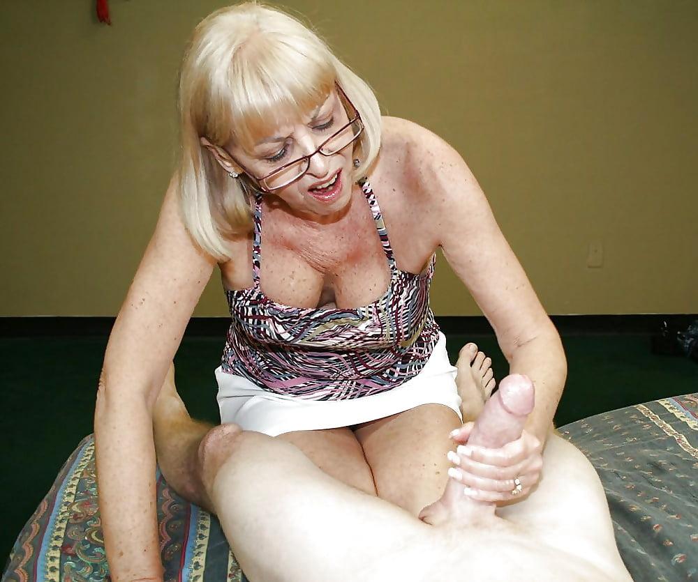 granny-hand-job-moving-pics