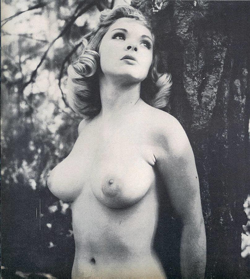lesbian-yvonne-craig-nude-photos
