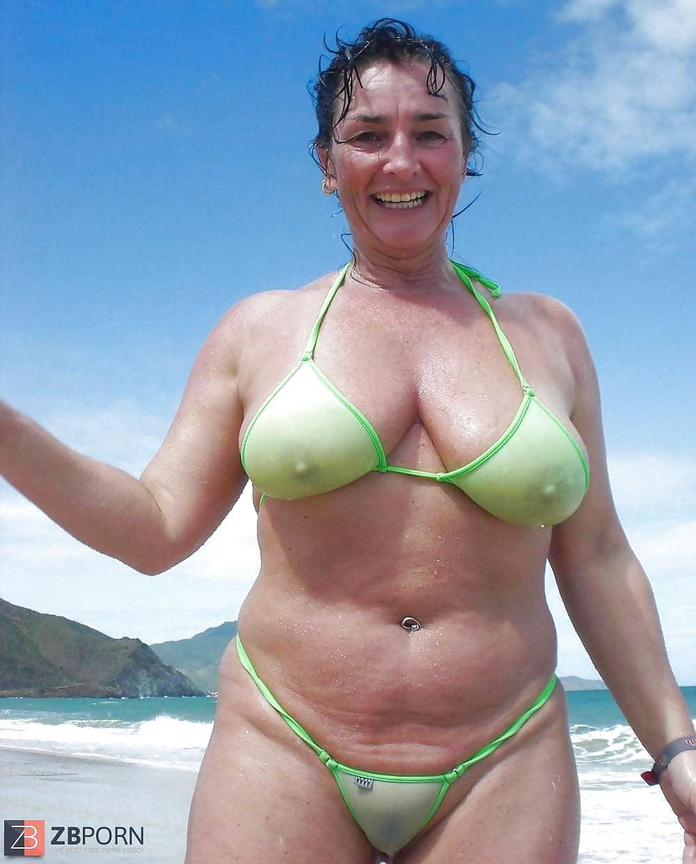Mature big tits at beach pics Big Tits Mature On A Beach 92 Pics Xhamster