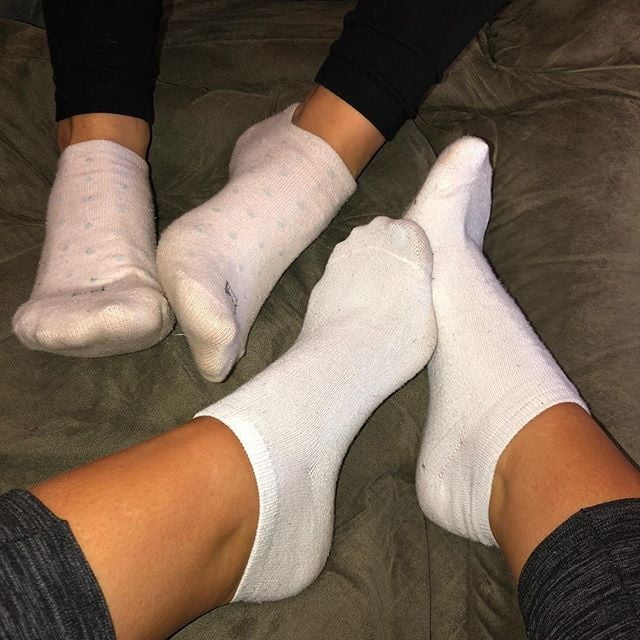 Hot Girls Socks Feet Worship