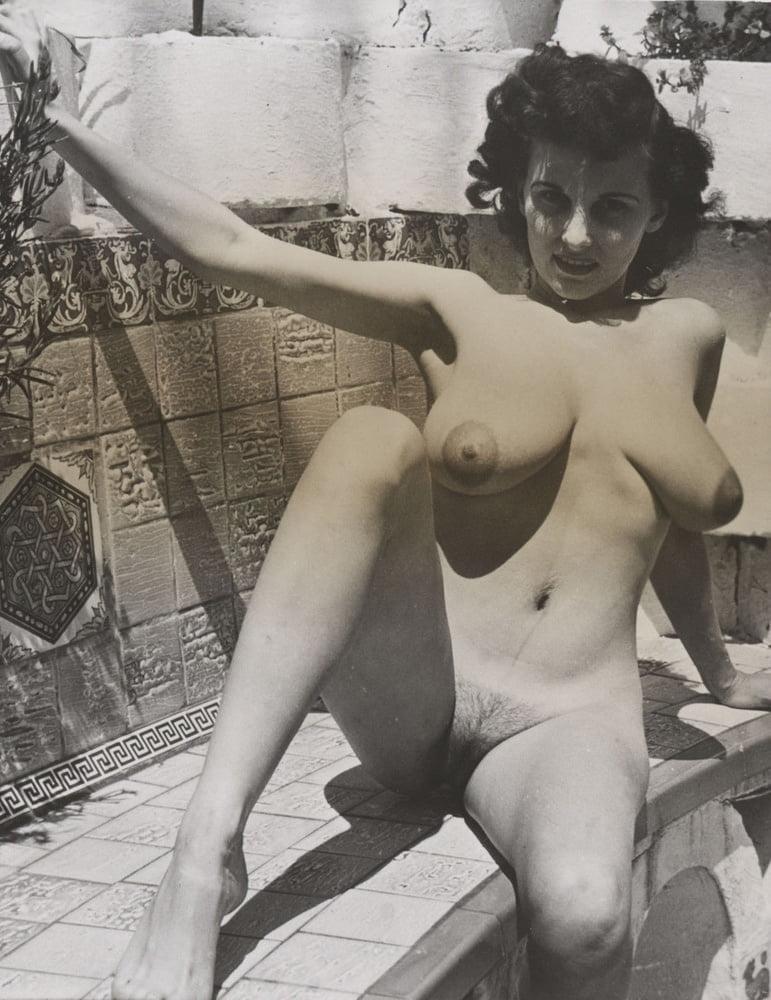 Donna Naked Cleveland Show