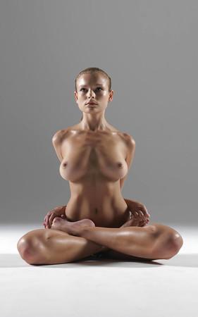 Sex Nude Yoga Trainer Jpg
