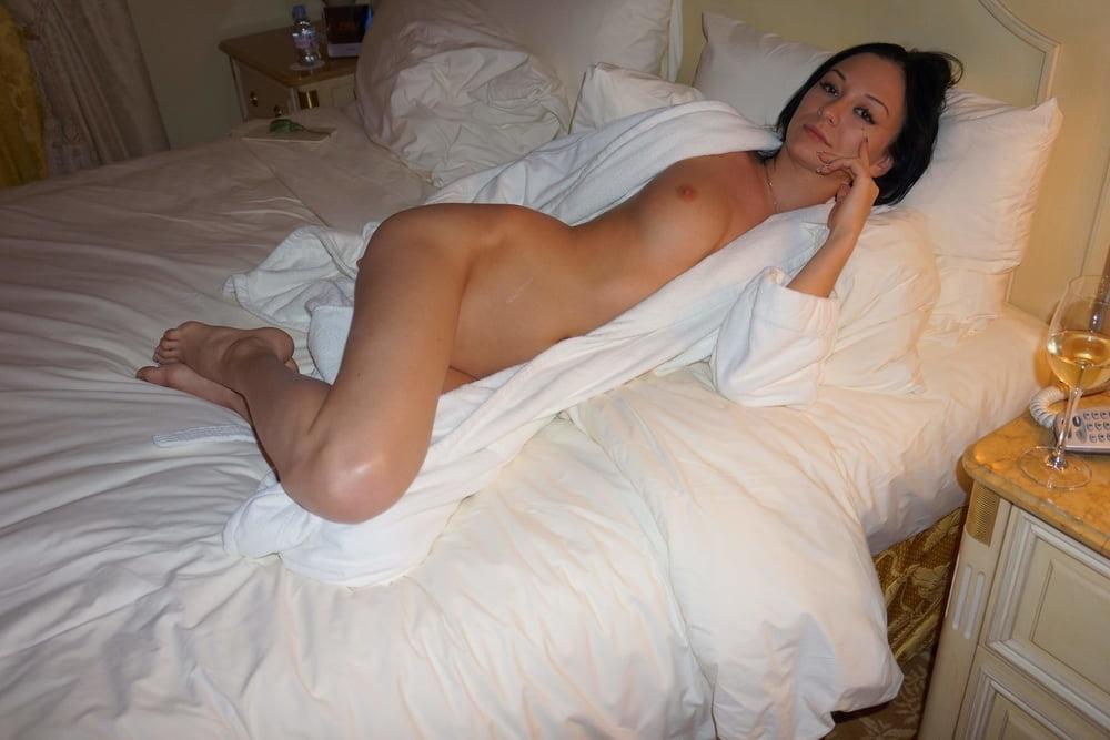 Nastia, a whore from Turkmenistan- 124 Pics