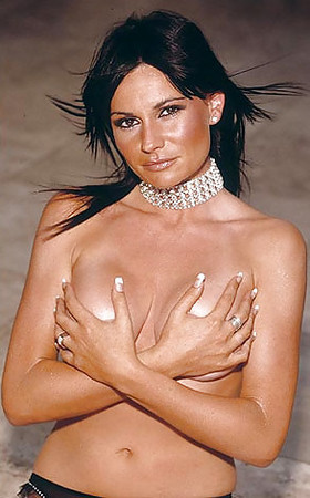 Pargeter nackt Lucy  Lucy Pargeter