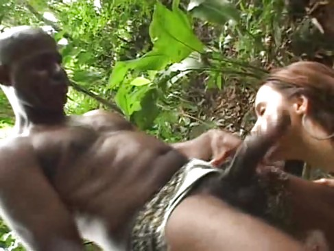 Дикие племена порно в лесу с белыми — pic 15