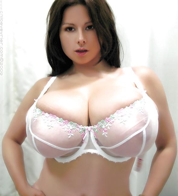 Big boobs small bra — pic 15
