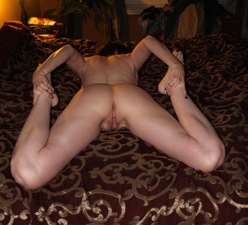 Teacher wet licked and fingering in yoga pants Enlaplaya nudistas naked amateur strip