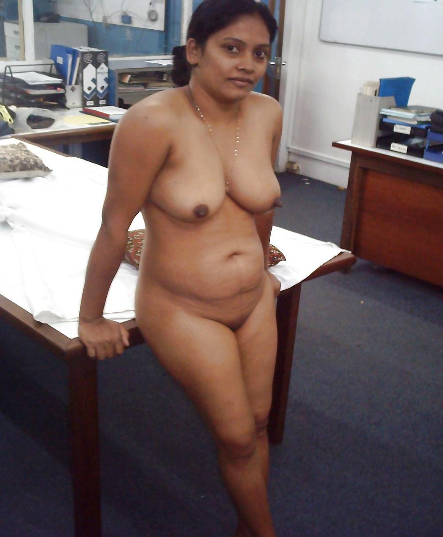 Www.hot tamil aunty nude final