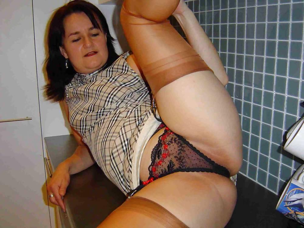 Asian milf in bra and panties