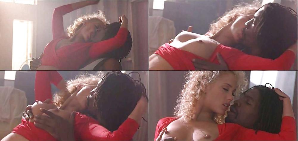 Showgirls sex scene video, jewish girl nude selfie