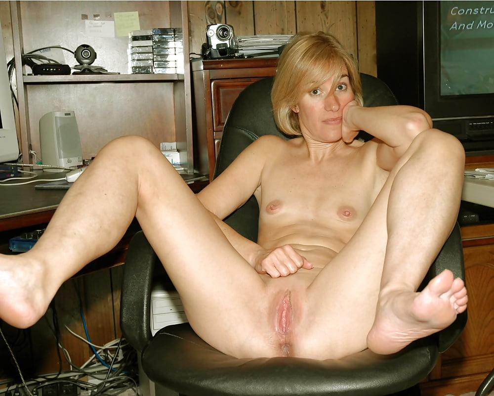 imagefap-shaved-matures-rosie-perez-big-tits
