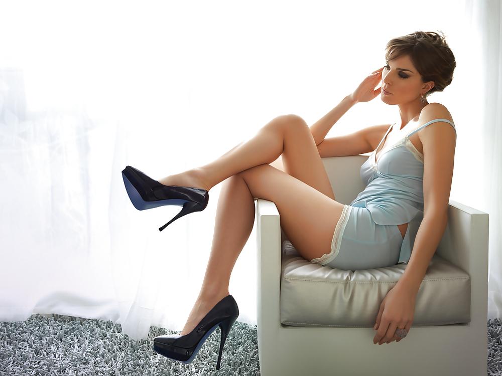 Sexy women heels — pic 8