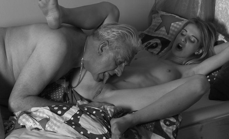 Old man licks pussy cum shot sex