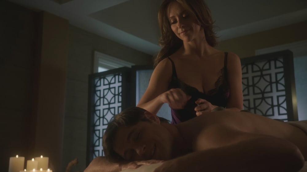 Jennifer Love Hewitt Naked