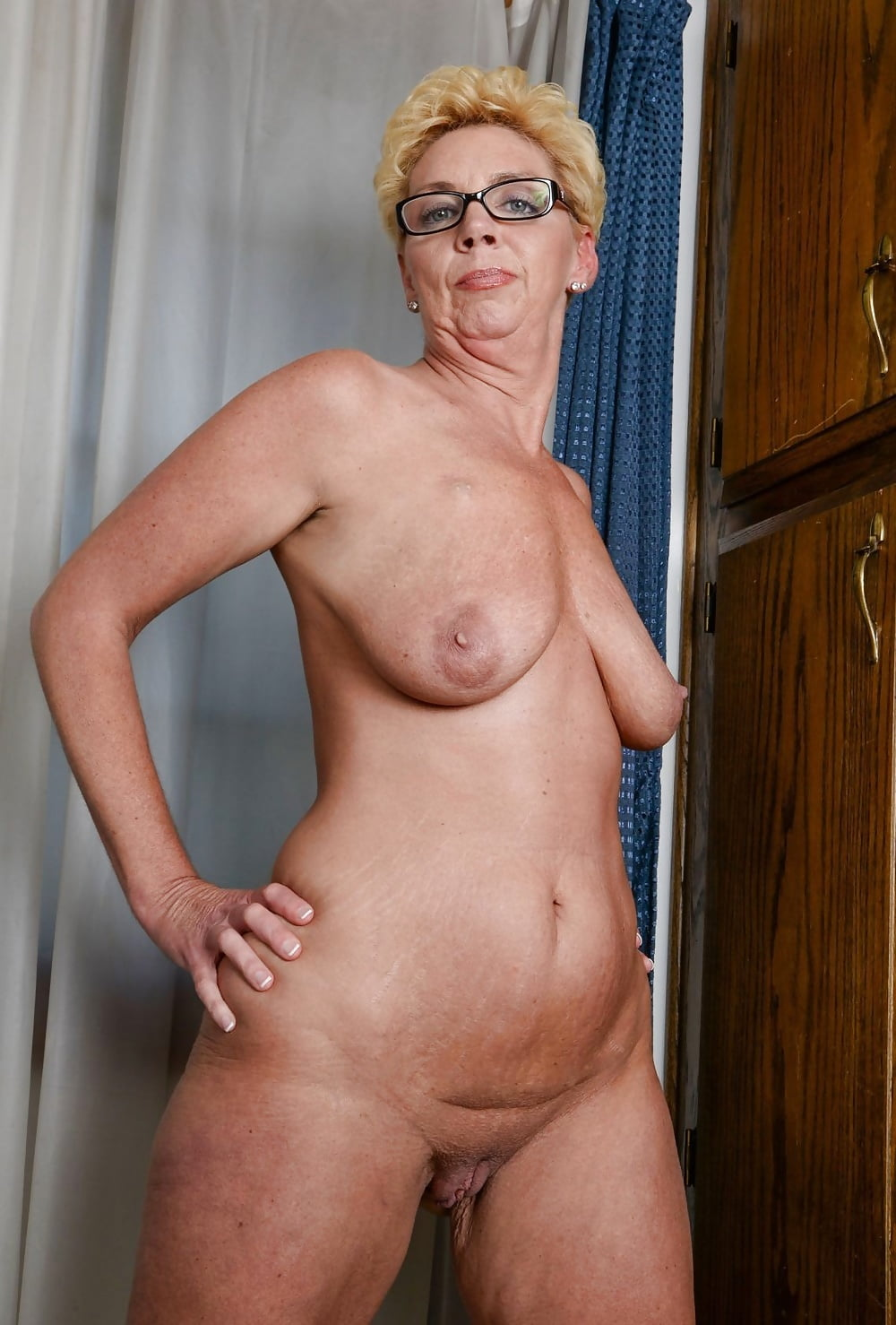 Naked grannies freesh, fuck her school uniform
