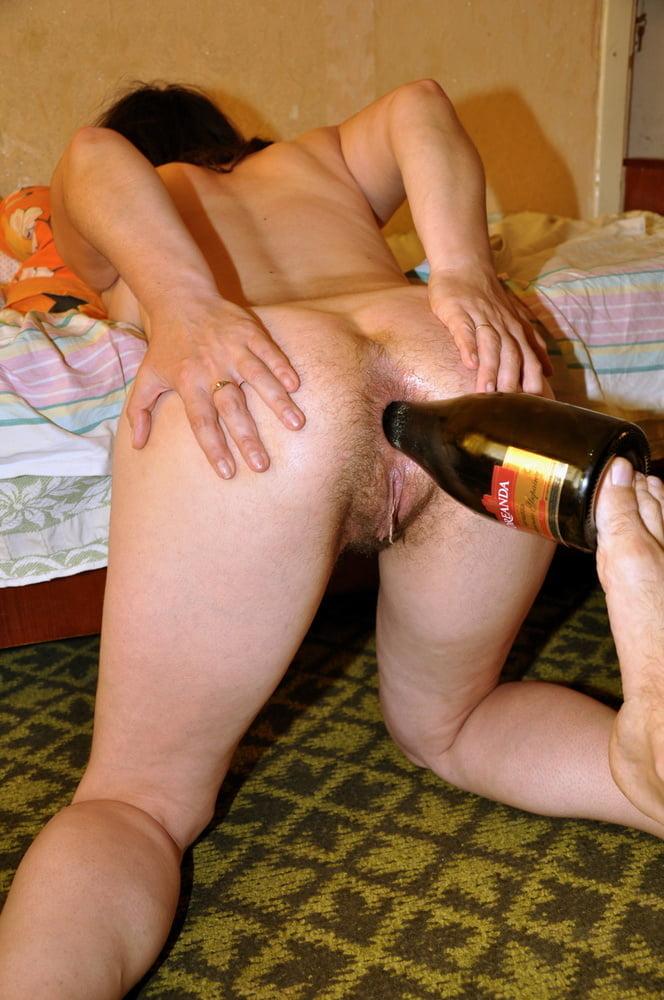 fisting-shampanskoe-v-zhope-plan-analnogo-seksa