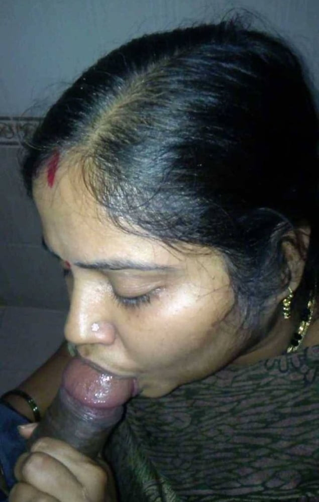 tamil-penies-naked-sucking