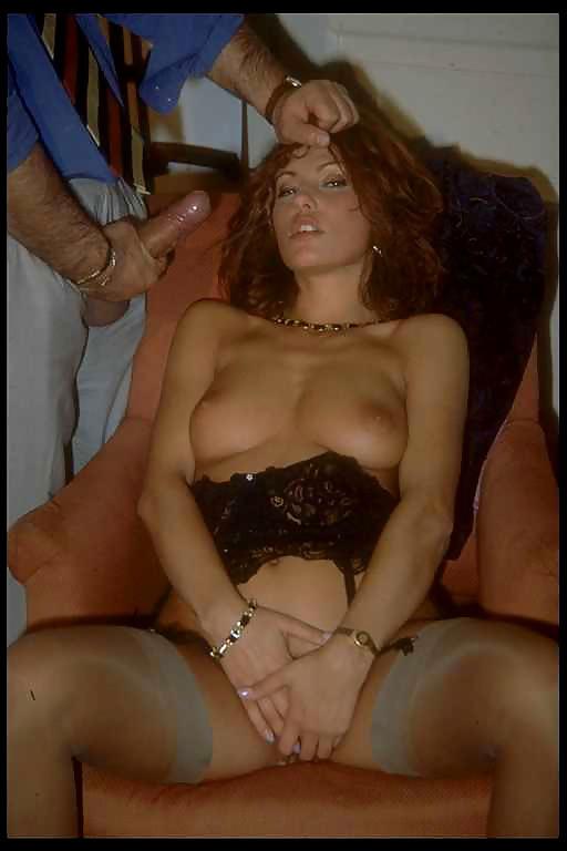 italyanskaya-porno-aktrisa-elena-foto-devushki-fotoseti-erotika