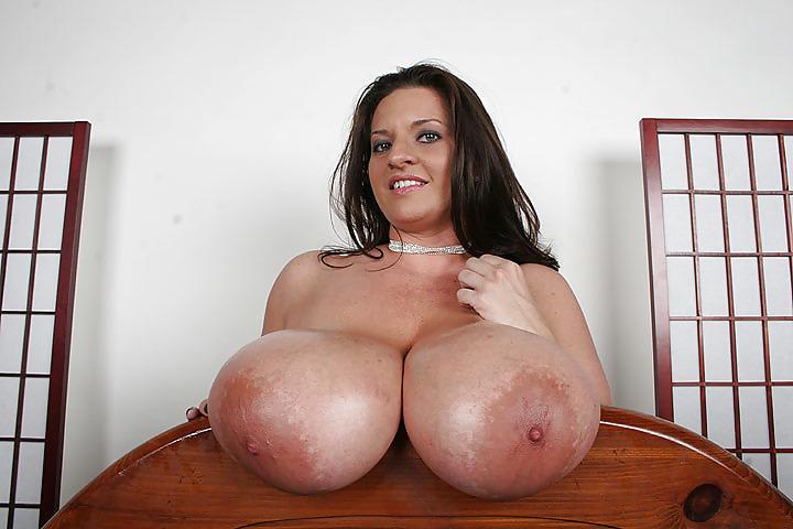 Free Bbw Maria Moore Tits