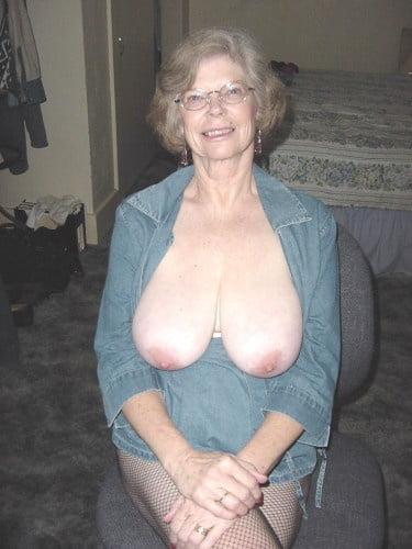 Nasty hot big boobed brunette slut-5890