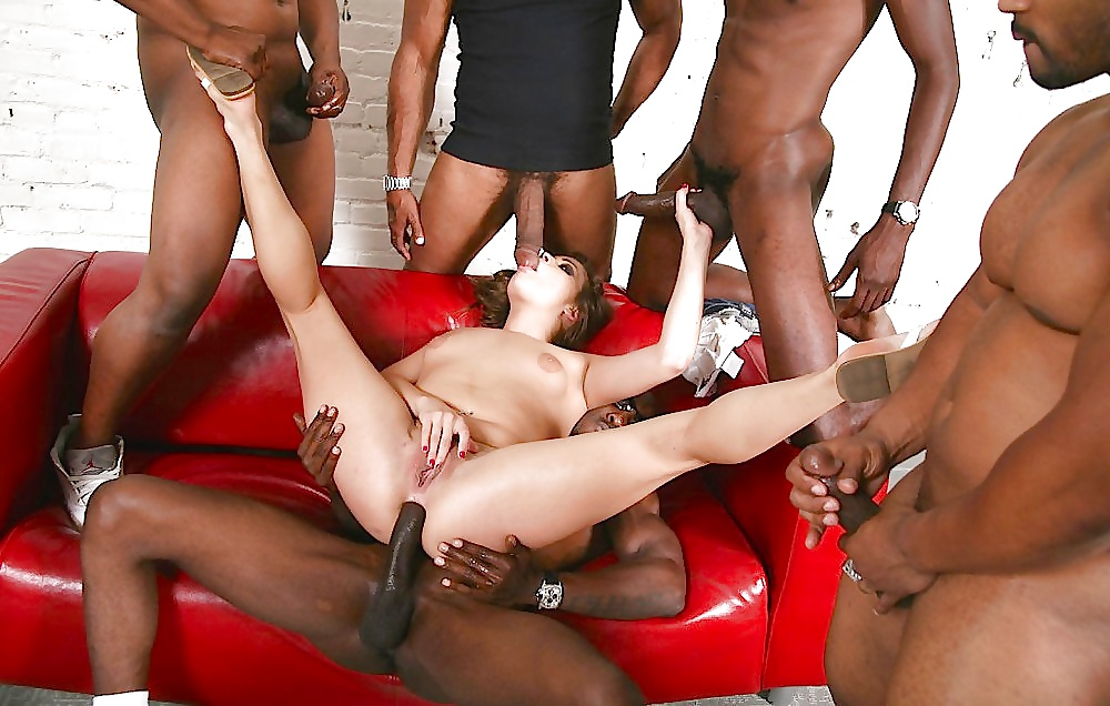 Irish girl interracial gangbang — photo 4