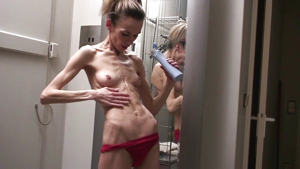 Petite japanese floozy gets spit roasted nicely by two horny per giant hung dicks