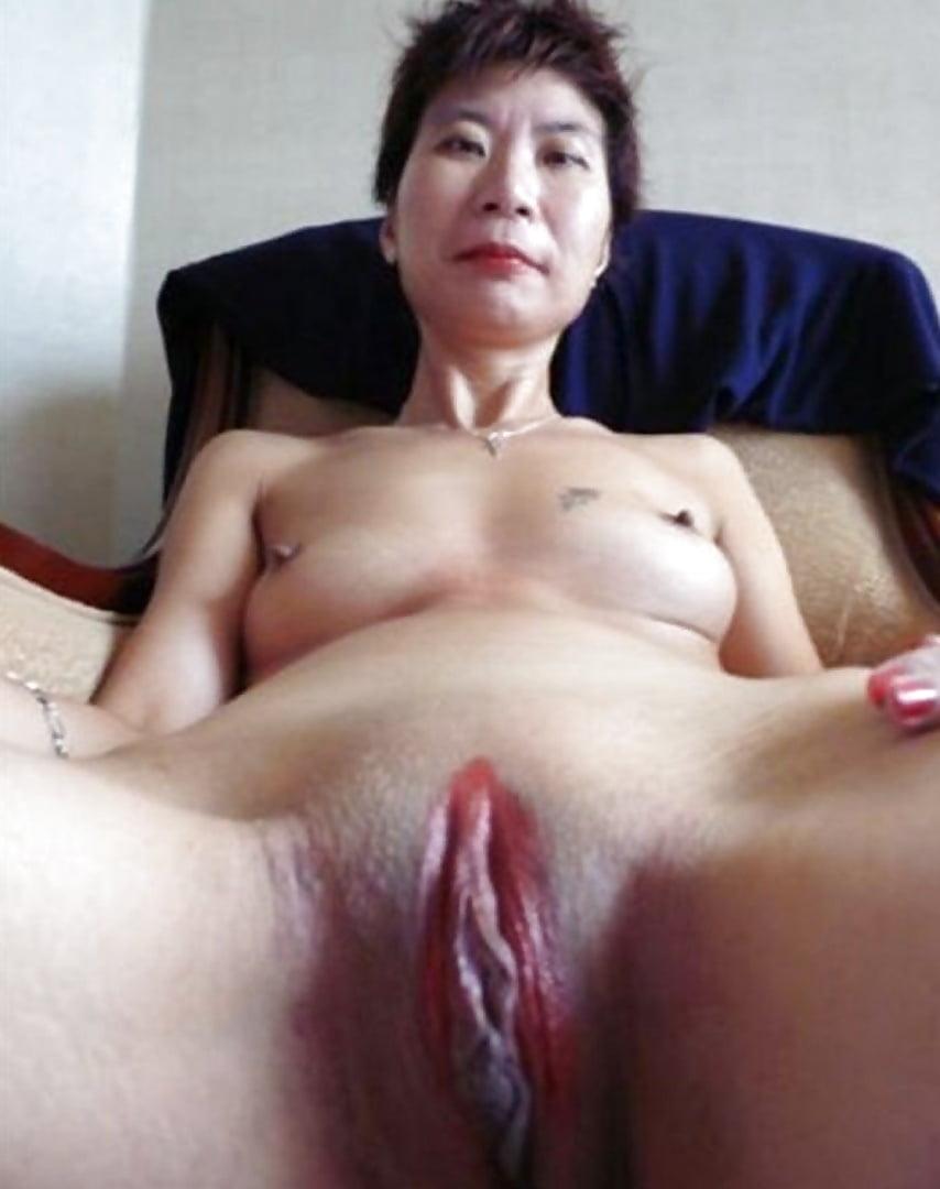 Mature vietnamese pussy — img 6