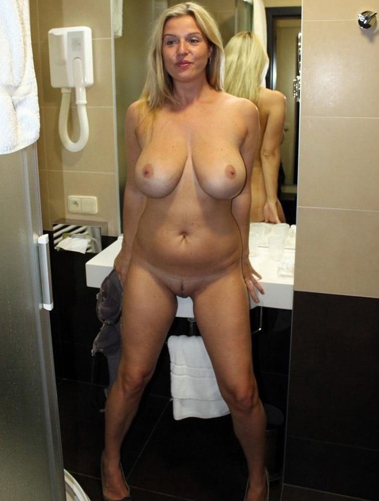 Just Nudes 317 - 150 Pics