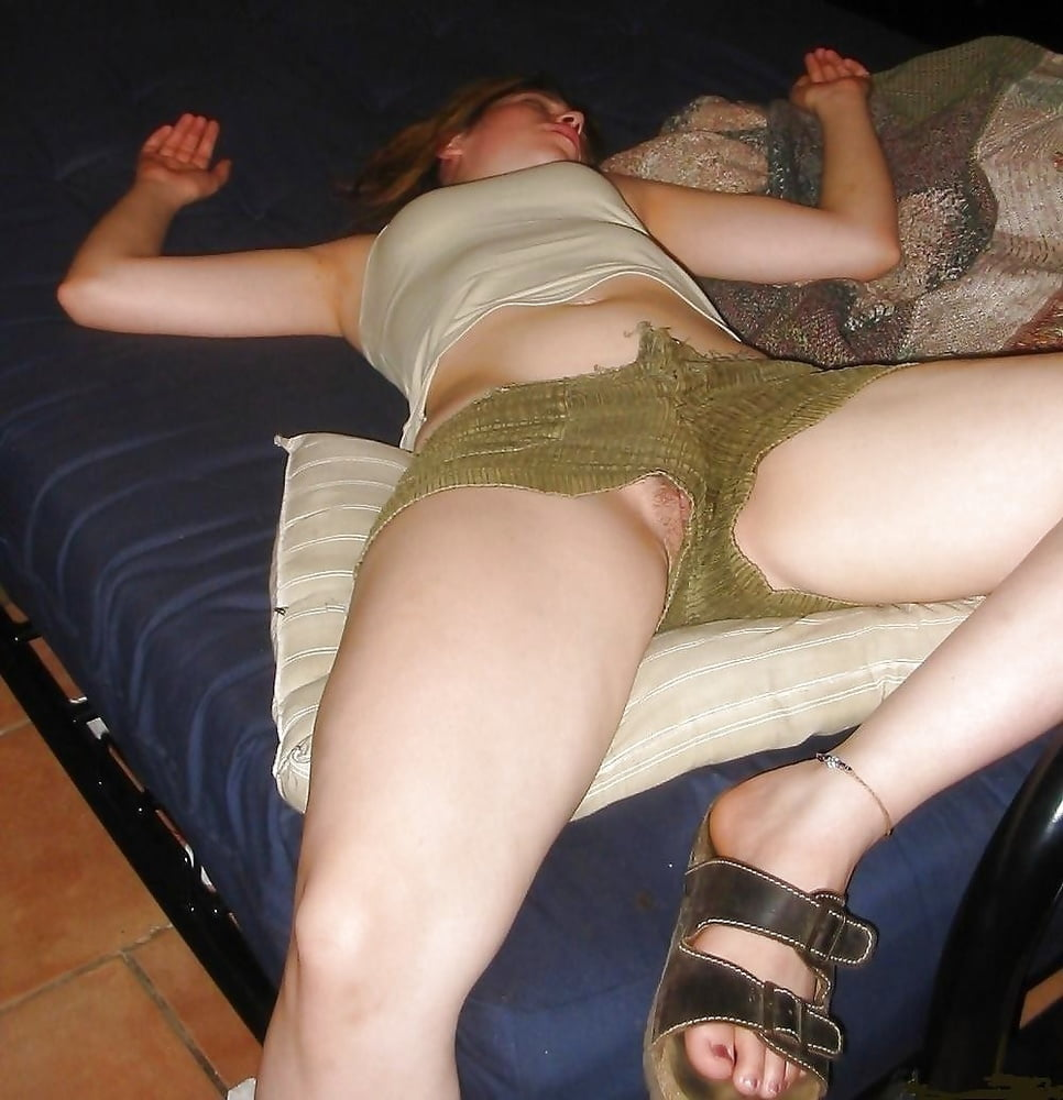 sleeping-hairy-girl-upskirt-she-males-fuck-guy-free-video