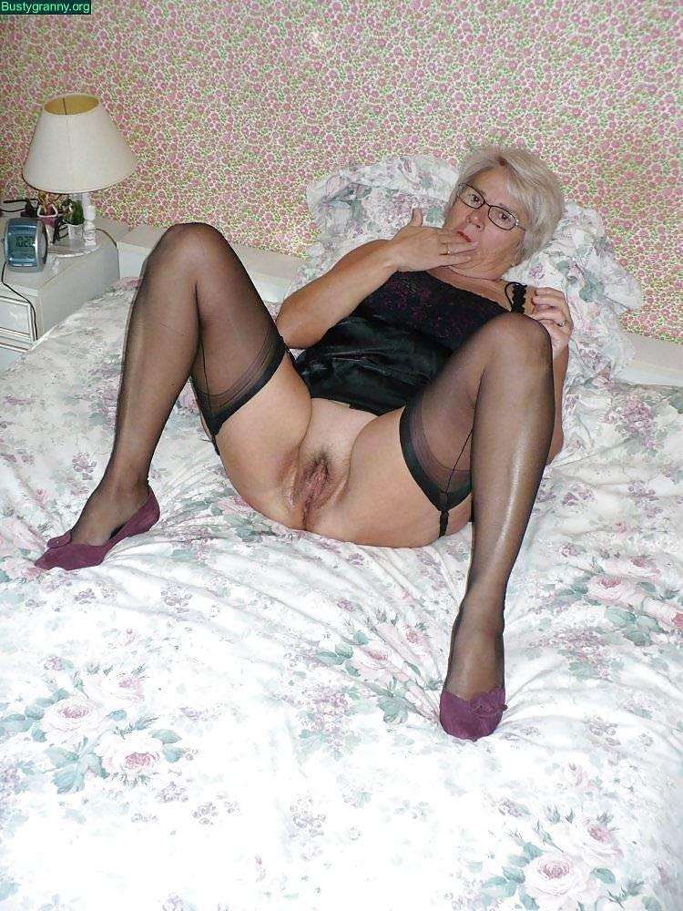 French granny christiane gonod fisting mix - 2 part 3