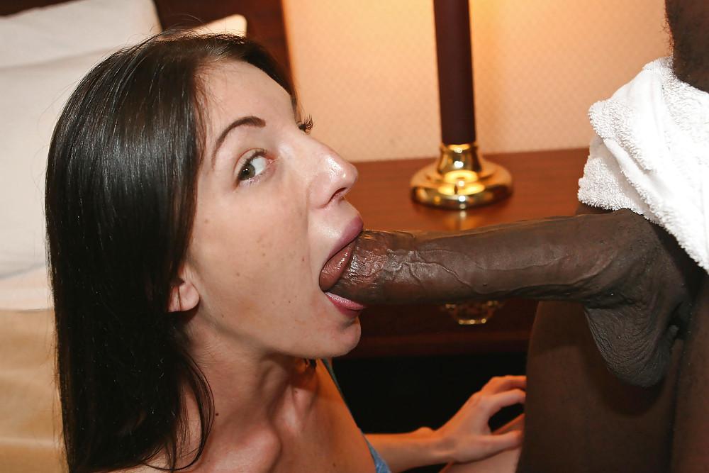 indonesian-women-sucking-blackcock