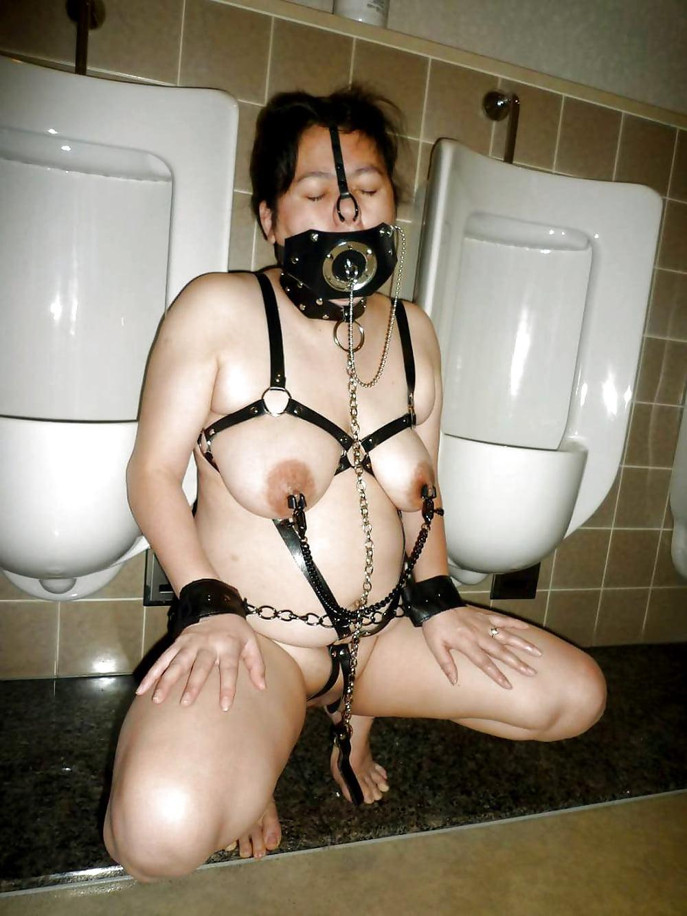 bdsm-toilet-squirtingtures-girls-cunt-cum
