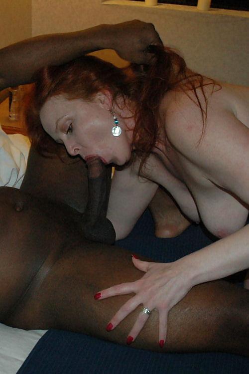 Lady long neck fetish