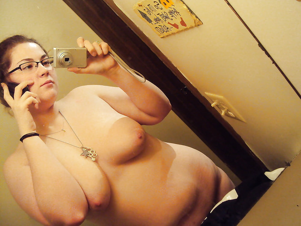 cell-phone-bbw-nude-naked