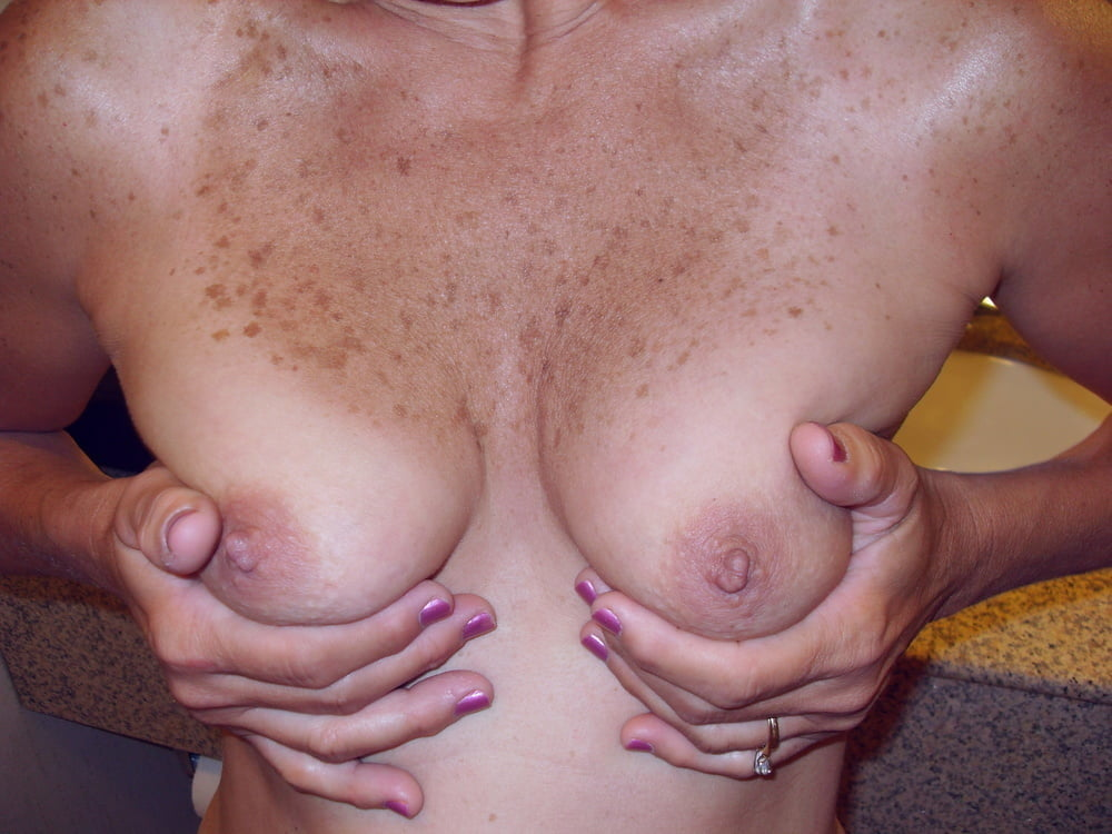 Goltit    reccomended amateur tube wife