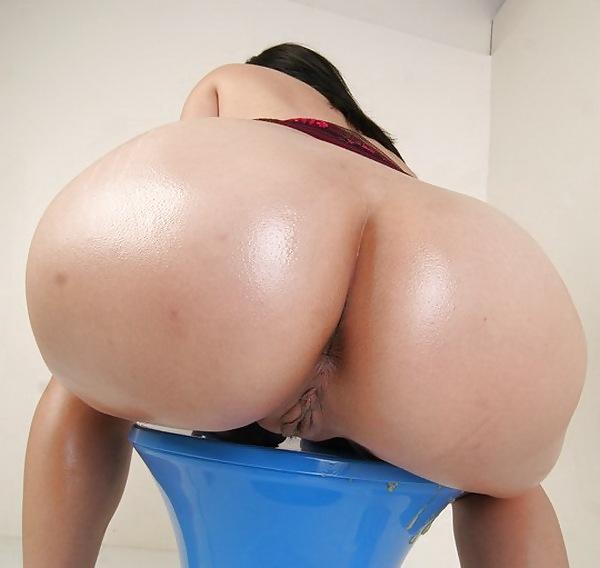 Фото галереи голых толстожопых женщин чулок