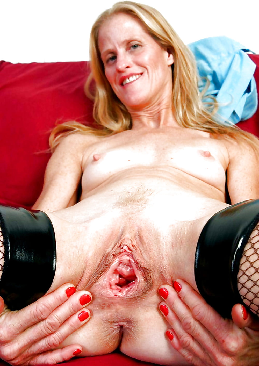 gaping-gilf-pussy-naomi-russell-with-cum-on-her-face